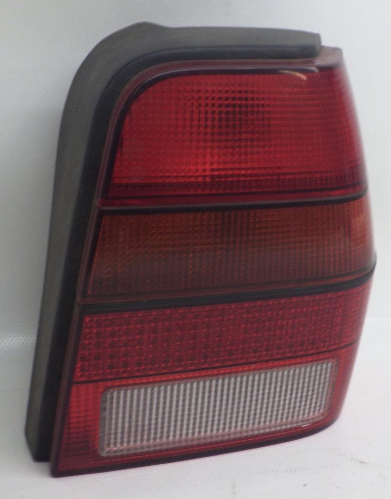 Original VW Polo 86C Steilheck Rückleuchte Bremsleuchte Links 867945257D